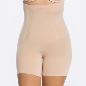Spanx Oncore High Waisted Mid-Thigh Shaping Short